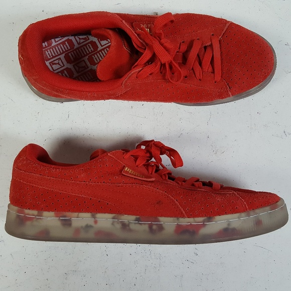 the latest 2cac9 7056b Puma Suede Classic V2 Red Sneakers